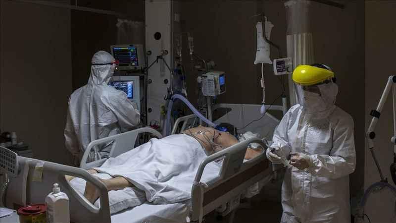 Avrupa'da pandemi yine hızlandı: Hastaneler tıklım tıklım!