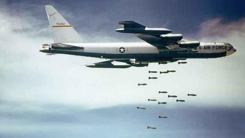 Askerlerini çeken ABD Ortadoğu'ya bombardıman uçaklarını sevk etti