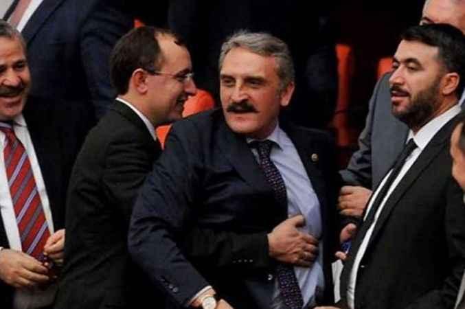 AK Partili Çamlı'dan tarihi çeşme açıklaması: Teşekkür edeceğine...