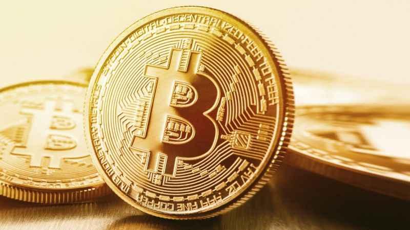 3 yılın zirvesine çıkan Bitcoin çok sert düştü