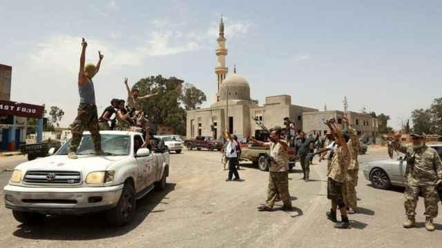 Hafter'in ateşkesi bozacak! Milisleri doğudan batıya kaydırıyor!