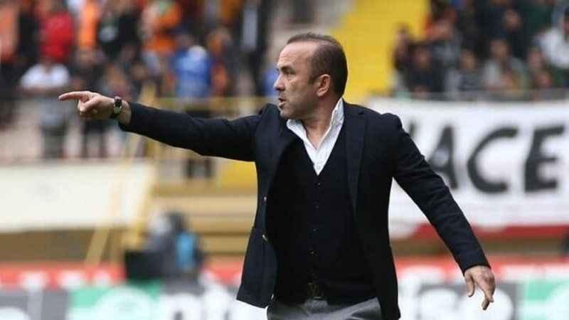 BB Erzurumspor'da Mehmet Özdilek'in görevine son verdi!
