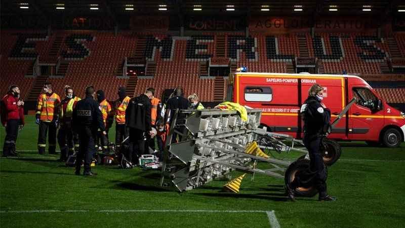 Projektör rampası üzerine düşen çim görevlisi hayatını kaybetti!