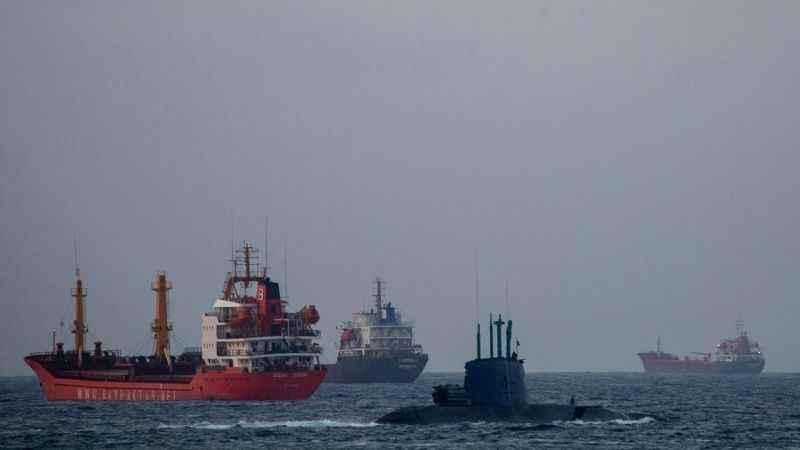 Siyonist İsrail ve ABD donanmasından İran'a gözdağı!