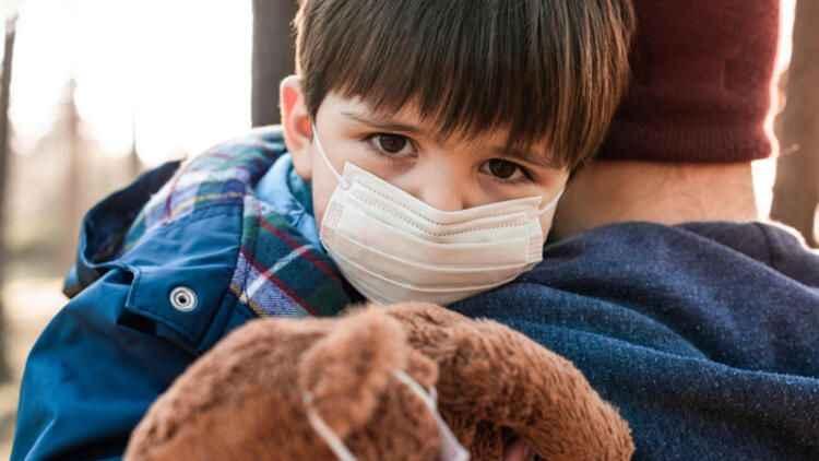 Yeni mutasyon neden tehlikeli? Kovid-19 artık çocuklarda da mı etkili?