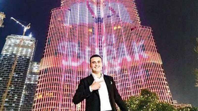 Ahmet Hakan'dan CZN Burak'a: Görgüsüz!
