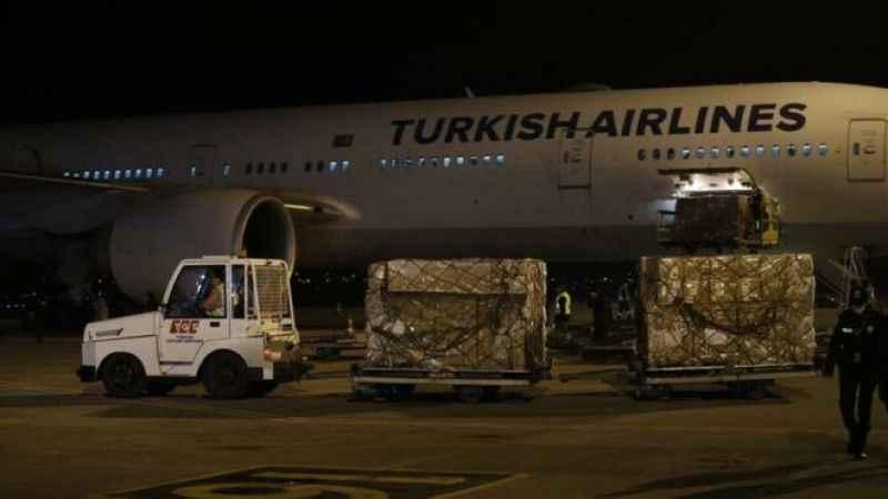Beklenen Çin aşısı CoronaVac Türkiye'ye geldi