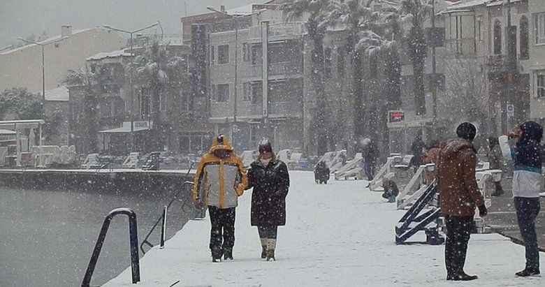 İzmir hava durumu! Kar ne zaman yağacak? Meteoroloji'den son gözlem