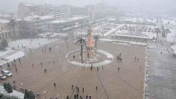 İzmir'de hava durumu kar yağışı devam edecek mi?