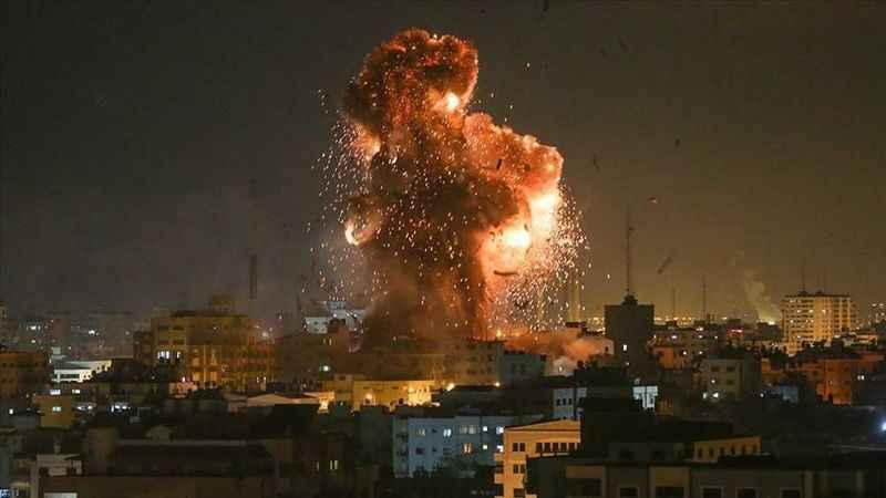 Siyonist İsrail Gazze'ye saldırdı!