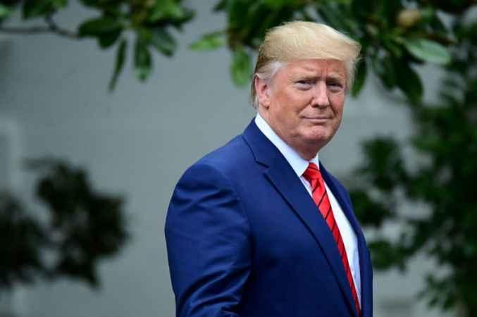 Donald Trump'tan Çin'e bişr darbe daha