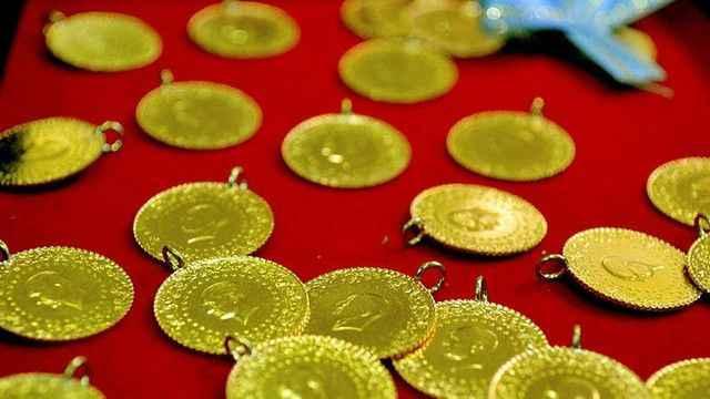Altın düşerken, gümüş çıktı! İşte güncel altın ve gümüş fiyatları