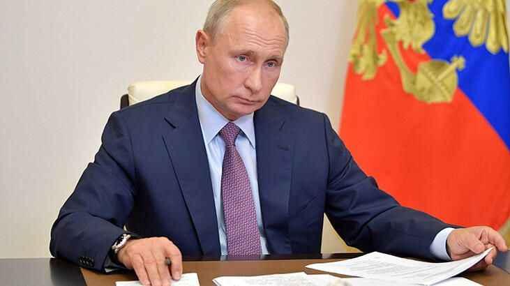 """Rus liderden kötü haber! Putin, """"Ekonomik istikrarsızlık devam ediyor"""""""