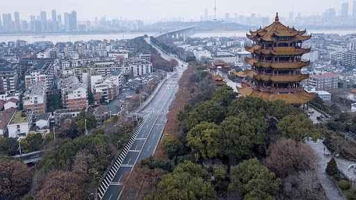 Kovid-19'un merkezi Wuhan'da 76 günlük karantinanın yıl dönümü!