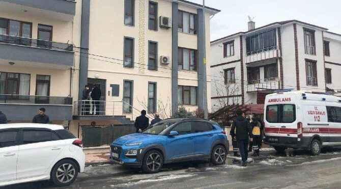 Kahreden olay! Polis memuru ve öğretmen eşi evlerinde ölü bulundu