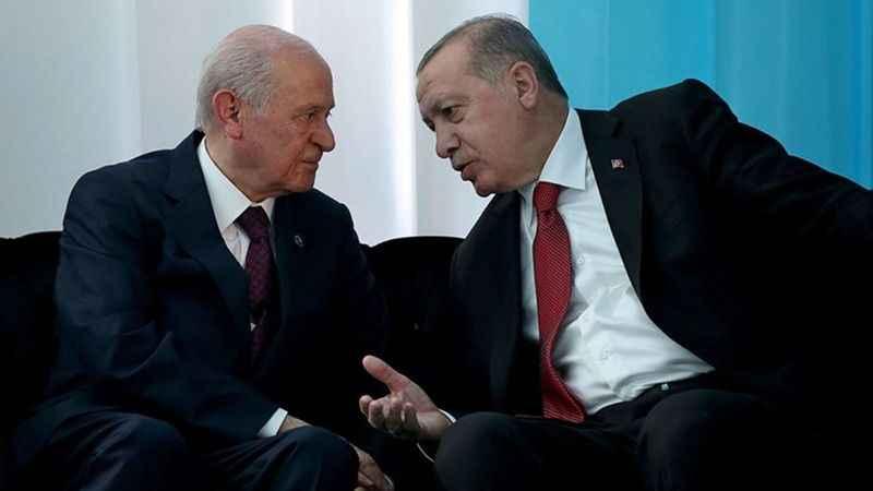 """AKP'li vekillerden çok konuşulacak sözler: """"MHP Erdoğan'a yük oluyor…"""""""