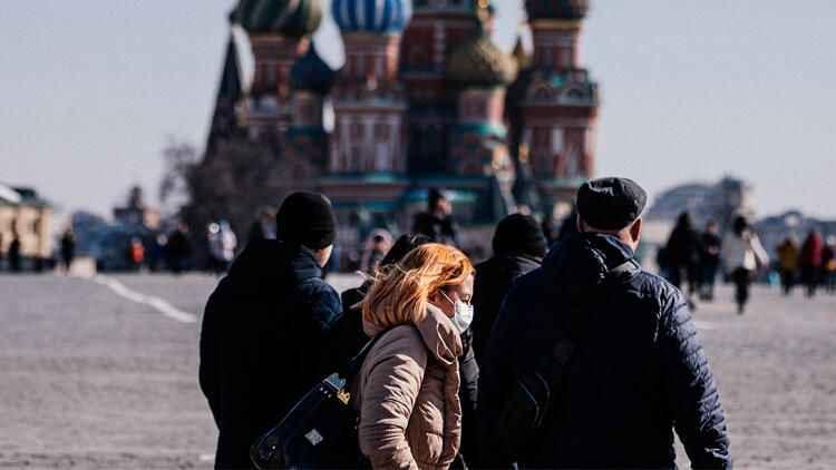 Rusya'da Kovid vaka sayısı düşmeye devam ediyor