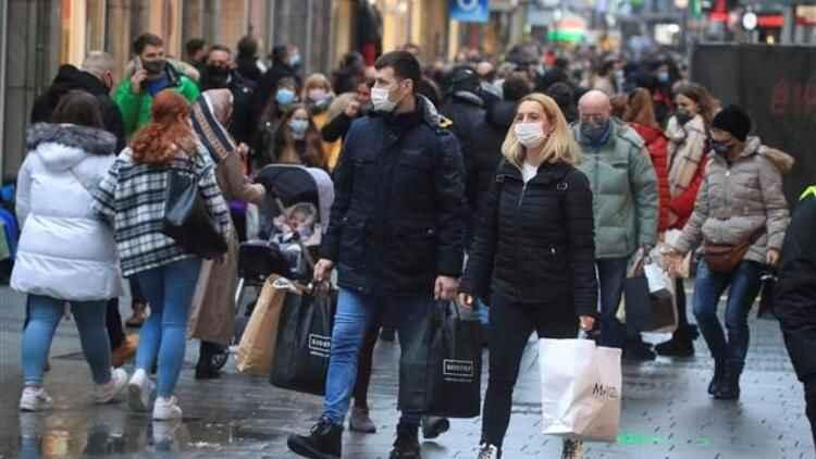 Almanya'da son 24 saatte koronavirüsten 839 kişi hayatını kaybetti