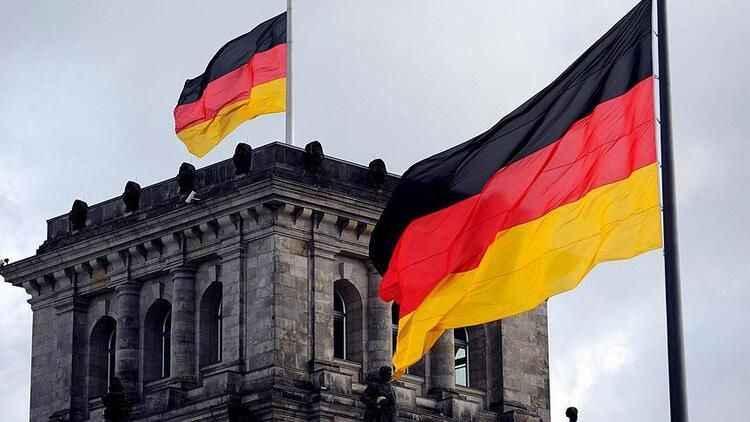 Almanya'da salgın bilançosu yükseliyor! Can kaybı 56 bini aştı!