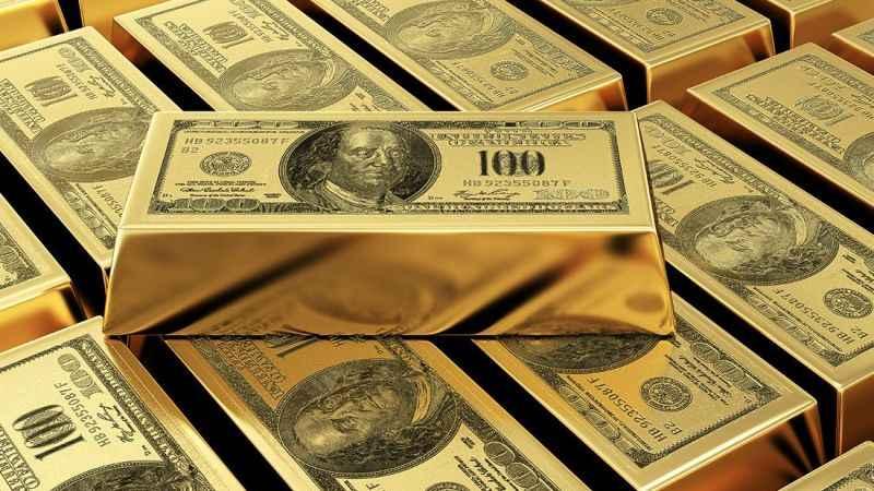 Altın zirveye yürüyor! Uzman isim altın ve dolardaki krizi analiz etti