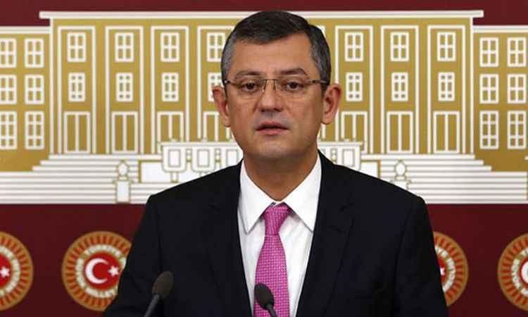 Özgür Özel'den 'Meclis tarihinin en kısa basın toplantısı'
