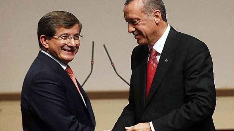 Erdoğan ile Davutoğlu'nun ilginç diyalogu: İlk talimatınızı alabilir miyim?