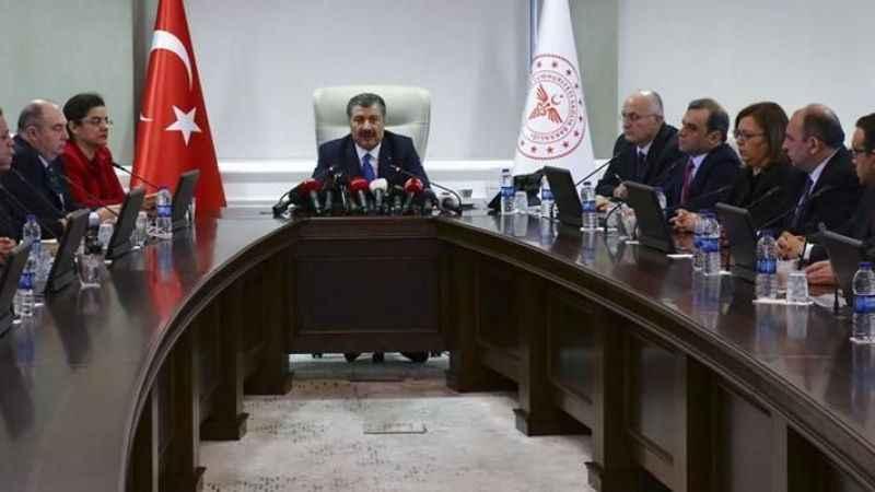 """Ahmet Hakan'dan, Bilim Kurulu üyelerine tepki: """"Bir durun artık"""""""