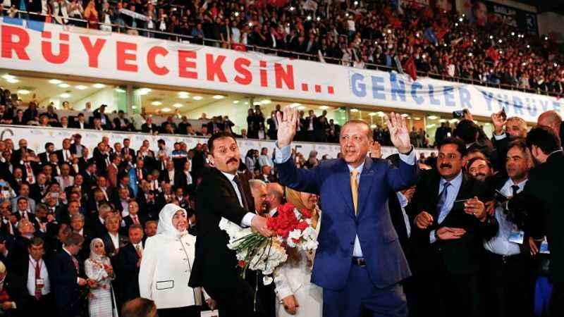 AK Parti kongrelerine katılanlara önceden ücretsiz test yapılıyor