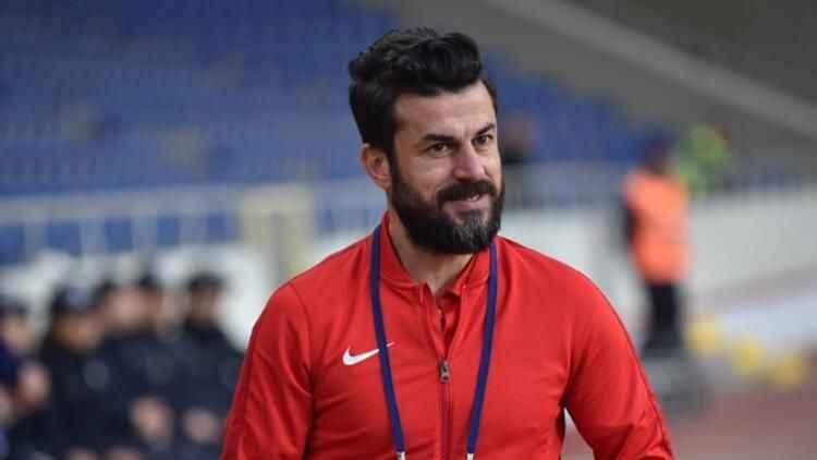 Tuzlaspor'da teknik direktör Ali Tandoğan görevinden ayrıldı!
