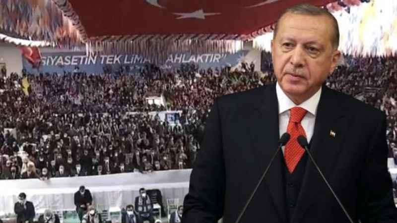 """Ahmet Hakan yine AK Partiyi hedef aldı! """"Muteberdir"""""""