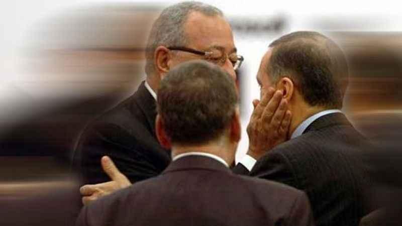 Albayrak'ın gazetesi AK Parti'ye kazan kaldırdı! Yine hedef aldılar
