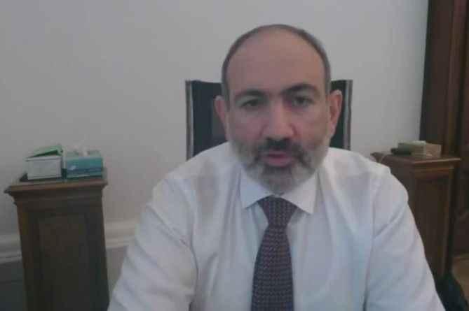 Darbe yapılıyor diyen Paşinyan'a halktan tepki! Benim başbakanım değil