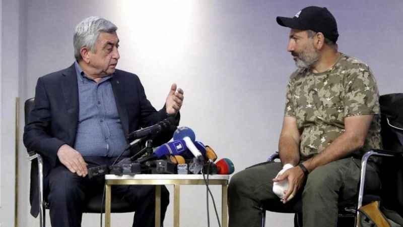 Ermenistan'da füze tartışması! Sarkisyan ve Paşinyan birbirine girdi!