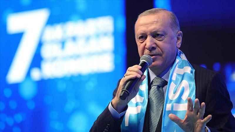 Dikkat çeken yazı: AKP ilk defa savunma hattında