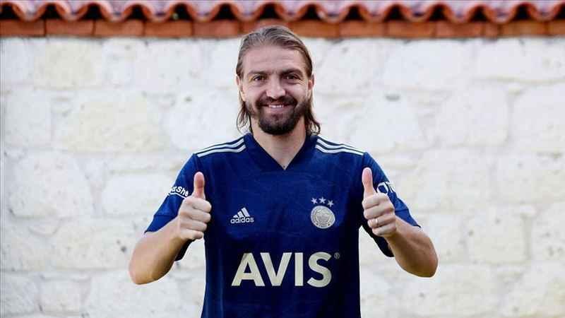 Trabzonspor kadrosuna alınmayan Caner Erkin'den Erol Bulut'a tepki!