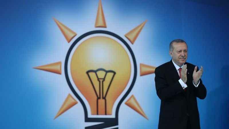 """AK Parti'nin ekonomipolitikasını açıkladı! """"Fakirden al zengine ver"""""""