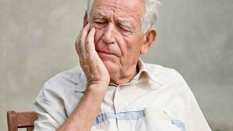 Alzheimer hastalığının işaretleri nelerdir? Prof. Dr. Müftüoğlu yazdı