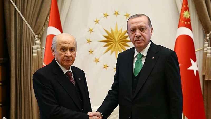 Uğuroğlu'ndan Papa yazı: Hangi Erdoğan hangi Bahçeli