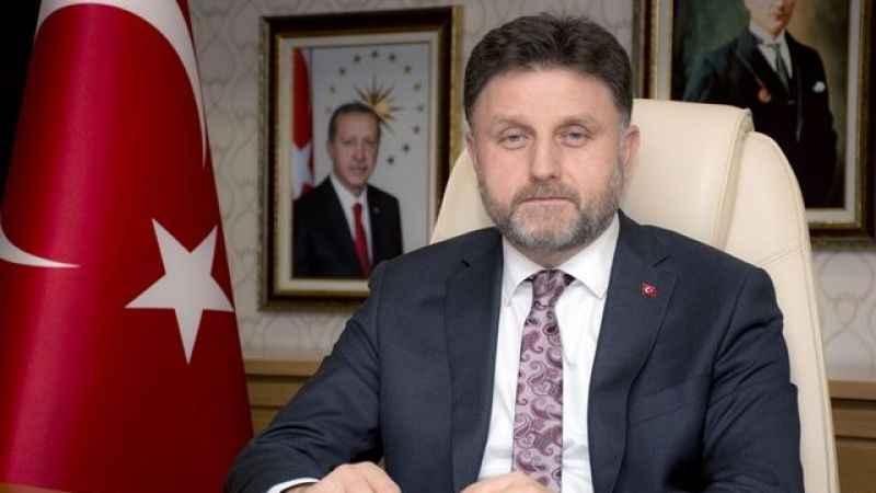 """""""Fahrettin Poyraz'ın sekiz şirketten 150 bin lirayı bulan geliri var"""""""