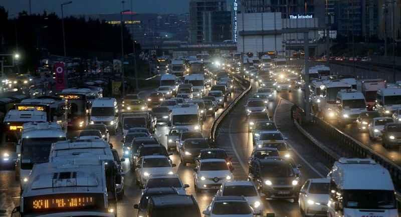 Dev mar 380 bin aracını geri çağırdı