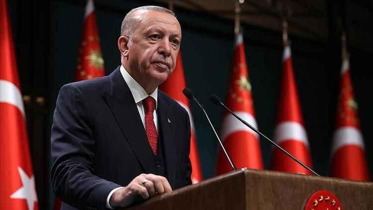 Erdoğan, iki bakan ile yolları ayırıyor! Berat Albayrak dönüyor