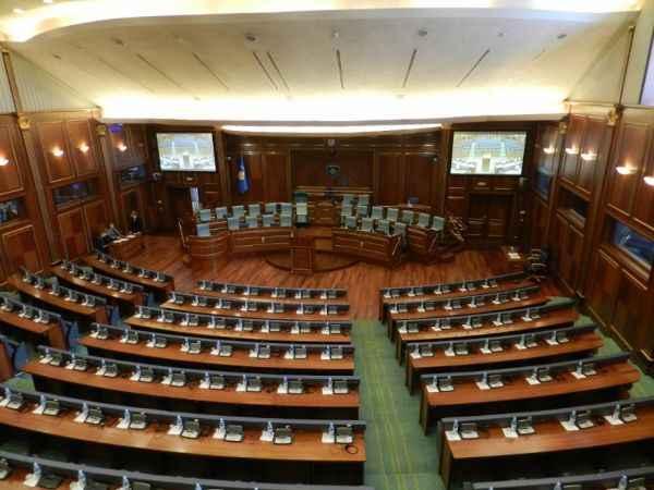 Kosova'da erken seçim! Seçimleri Vetevendosje kazandı