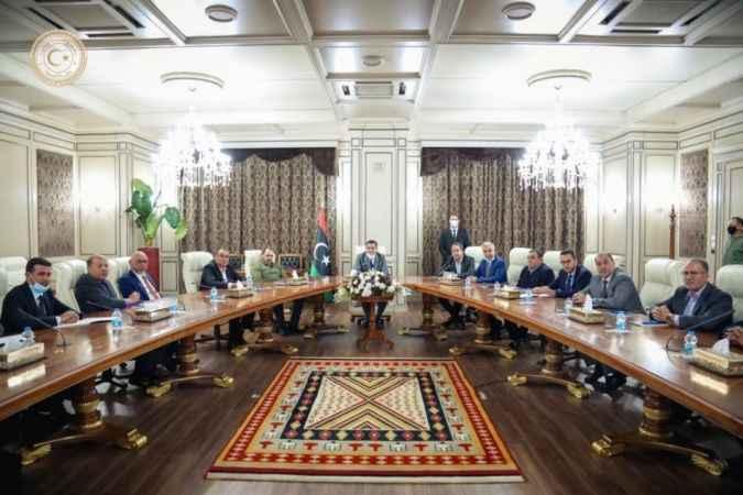 Libya'da yeni hükümet ilk toplantısını yaptı