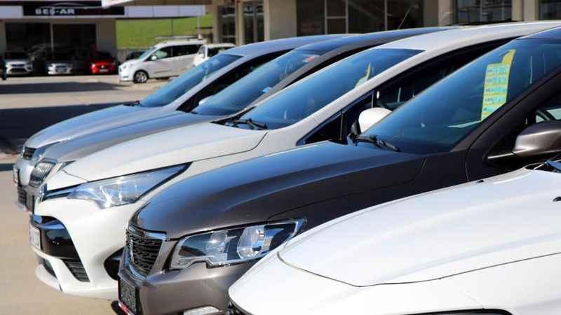 Uzun süredir durma noktasında olan İkinci el otomobil piyasası hareketlenme yaşanıyor. Nisan ayında fiyat artışı bekleniyor.