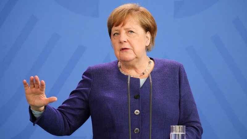 Almanya'da Merkel kan kaybediyor! Sandıktan koalisyon çıktı!