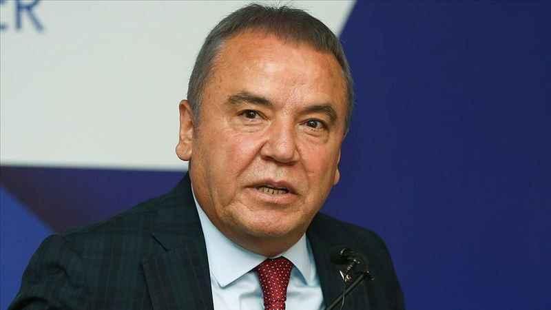 CHP'li belediye başkanı Muhittin Böcek'ten istifa açıklaması!