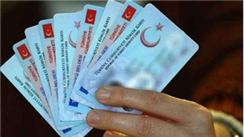 Türkiye'den Azerbaycan'a yeni kimlik kartıyla seyahat yapılabilecek