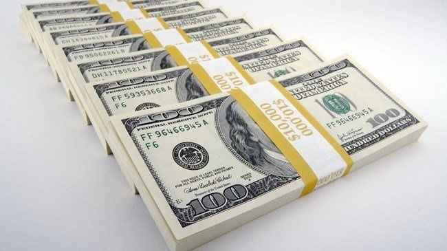 Bloomberg'den dolar analizi! Türk halkı dolar alırken kimi dinliyor?