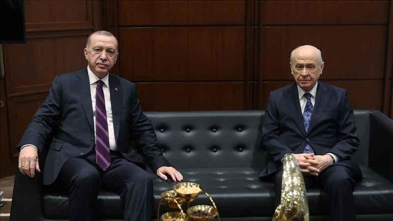 Cumhurbaşkanı Erdoğan Devlet Bahçeli'yi telefonla arayarak tebrik etti