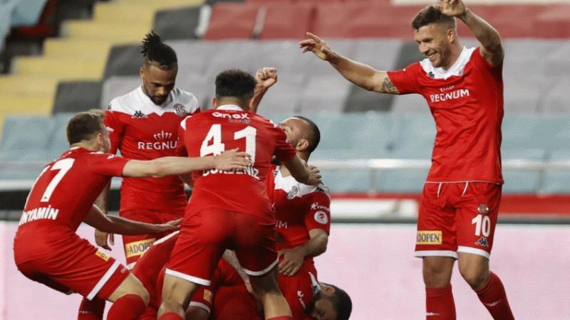 Fraport TAV Antalyaspor, Ziraat Türkiye Kupası'nda finalde!